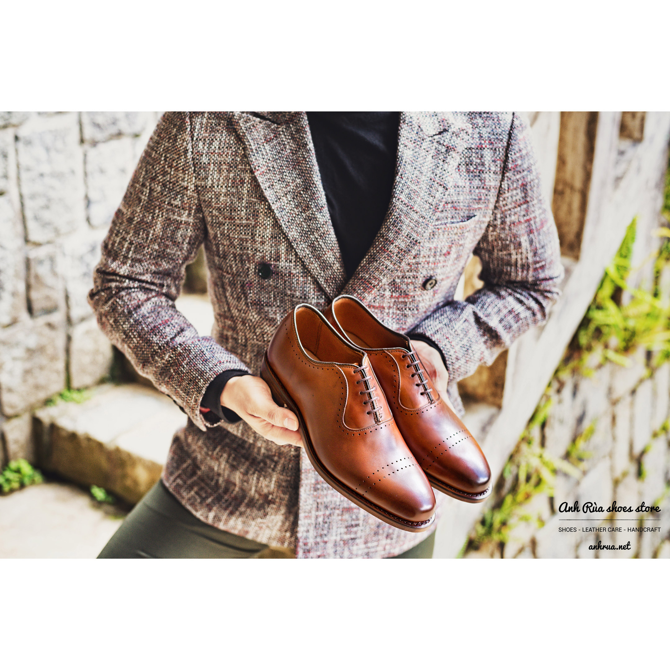 Giày Tây Nam Cognac Perforated Oxfords Allen Edmonds