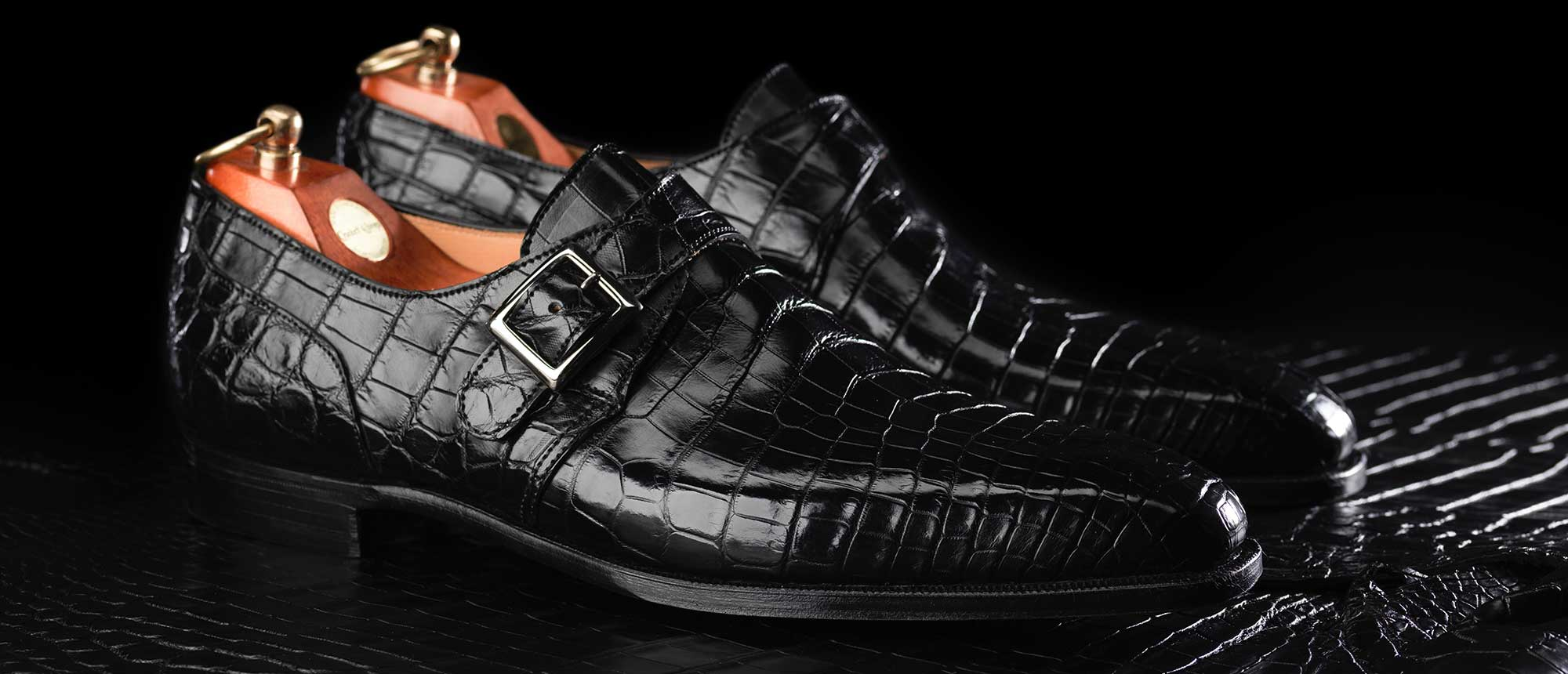 Crocodile leather Crockett & Jones