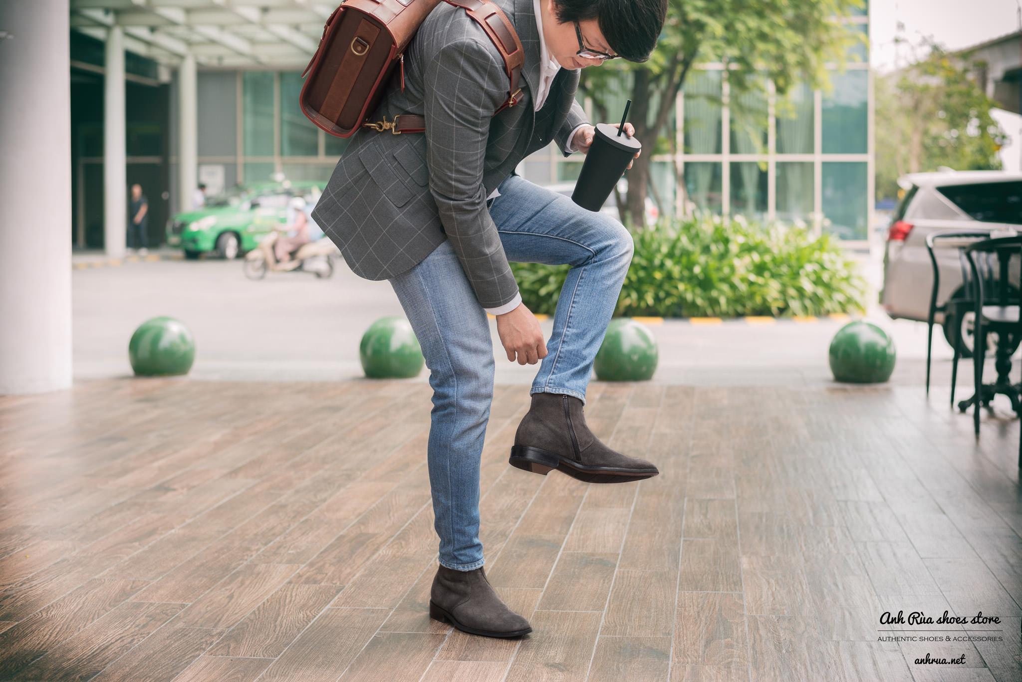 giày boots nam grey zip