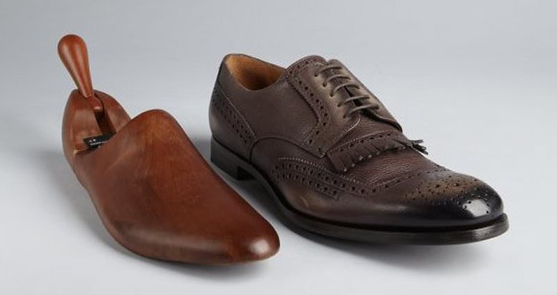 xi danh giay,xi đánh giày,shoe care,cham soc giay, chăm sóc giày,giay tay, giay luoi, giay cong so,patent leather,dress shoes,giay nam,giày nam,giay tay cao cap,giay xach tay,giày xách tay,giày tây,giày chính hãng,giày nam,uniqlo,dr martens,Kenneth Cole,Mỹ,giày nhập,giày công sở,giày tây nam,giày lười,giày mọi,loafers,dress shoes,brogue,cole haan,kenneth cole,ZARA,ALDO,BASS,Steve madden,boots,bốt,Saphir,Woly,shoe care