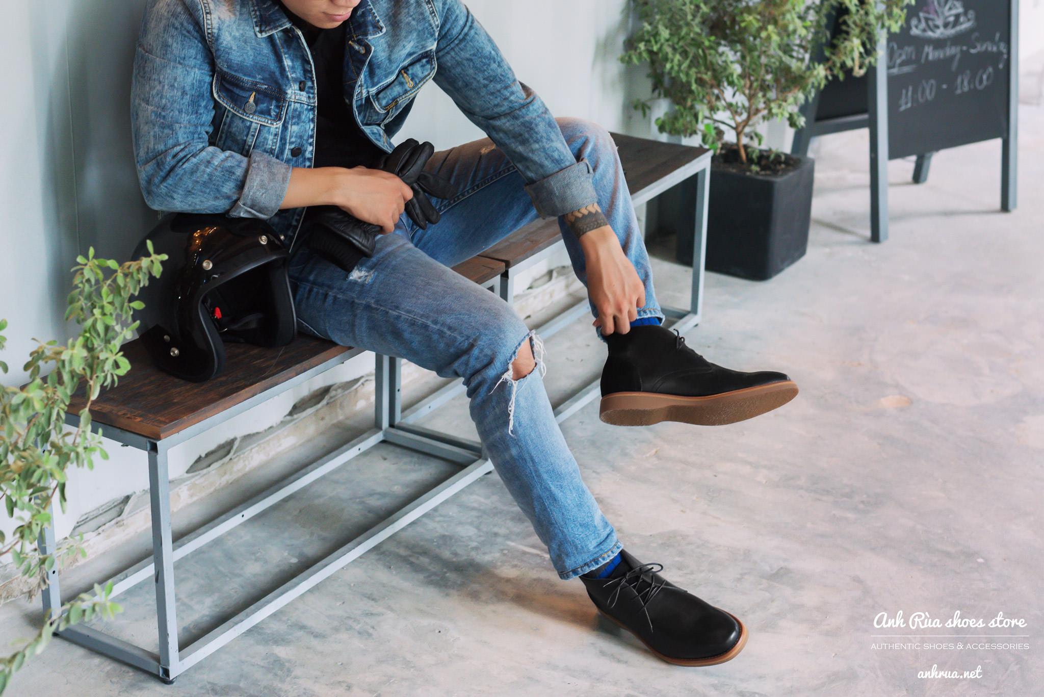 Giày boots nam black desert