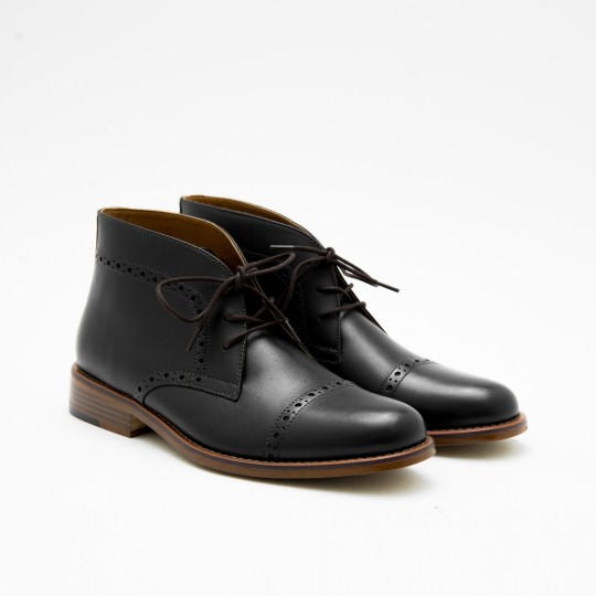 Black Half Brogue Chukkas BASS