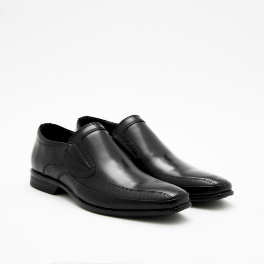 Black Perforated Bicycle-toe Loafers KCNY