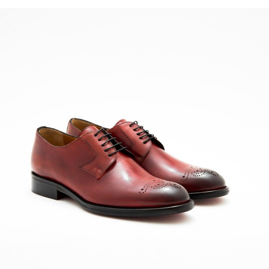 Mahogany Plaintoe With Medallion Derby KCNY