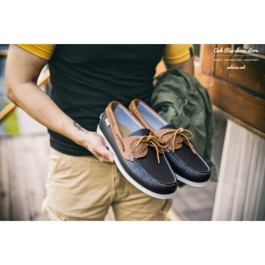 Giày Thuyền Nam Navy Light Brown Boat Shoes Bass