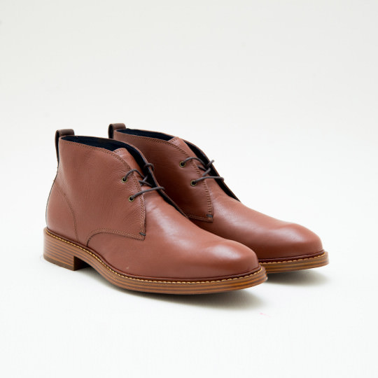 Light Cognac Chukkas Cole Haan